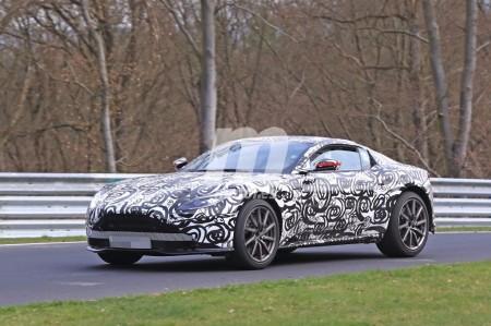 El nuevo Aston Martin Vantage volando en Nürburgring en vídeo