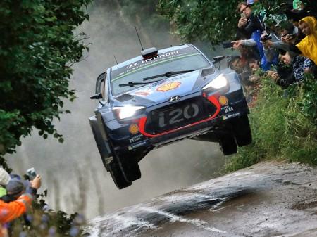 Hyundai busca su primer podio en el Rally de Finlandia
