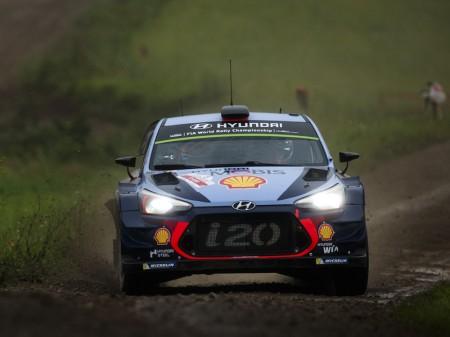 Thierry Neuville gana el Rally de Polonia y aprieta el WRC