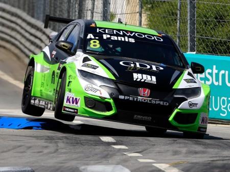 Zsolt Szabó por Aurélien Panis en Zengö Motorsport