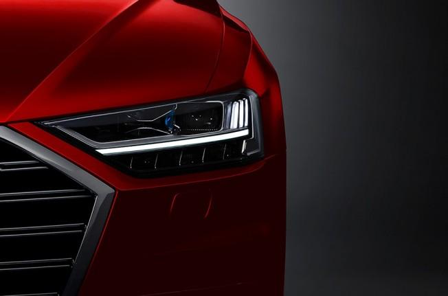 Audi A8 2018 - faro