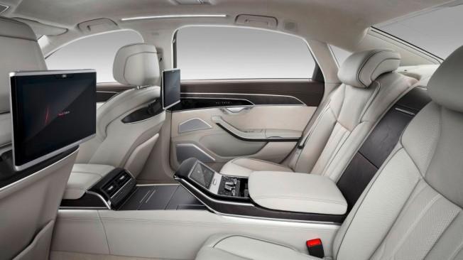 Audi A8 2018 - interior