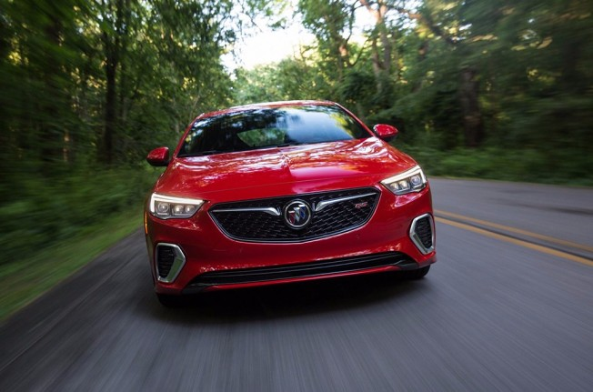 Buick Regal GS 2018 - frontal