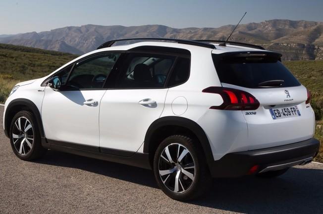 Peugeot 2008 - posterior