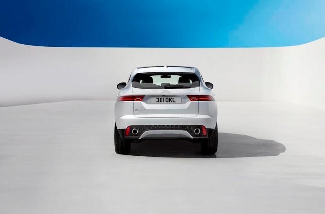 Jaguar E-Pace - posterior