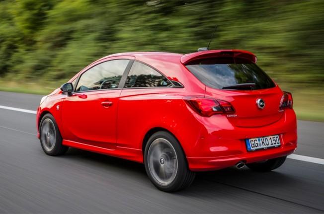 Opel Corsa S - posterior