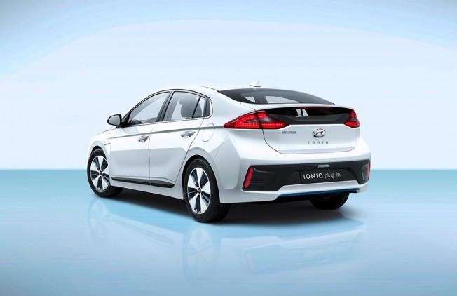 Hyundai IONIQ Plug-in Hybrid - posterior
