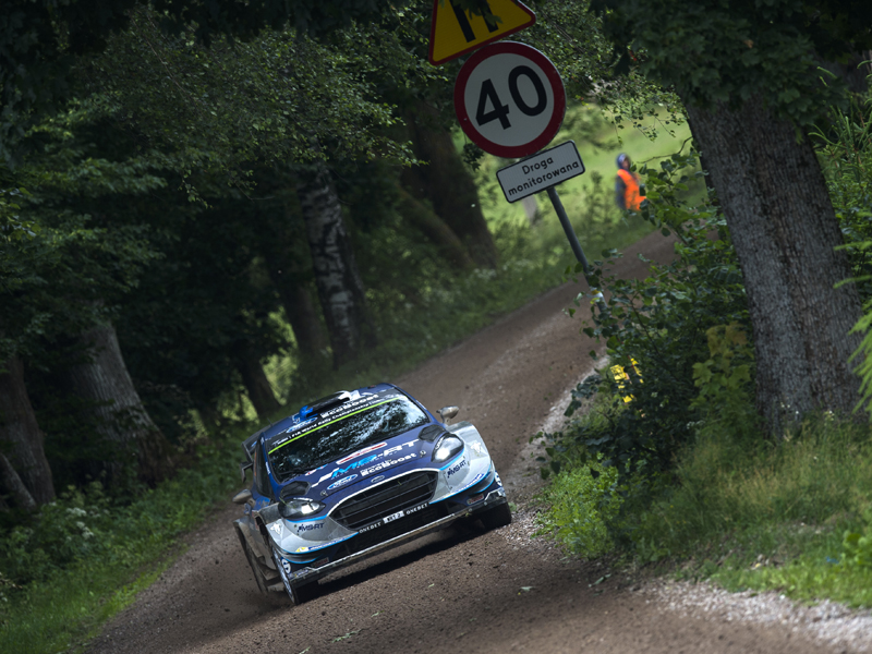thierry-neuville-sigue-lider-rally-polon
