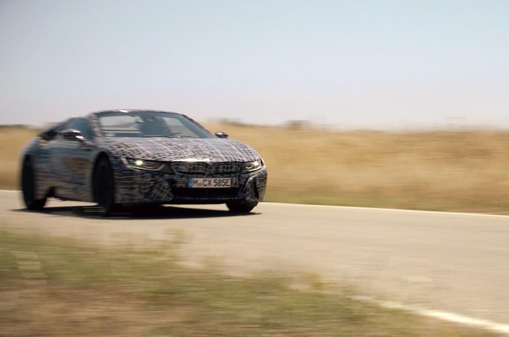 El esperado BMW i8 Roadster encara la recta final de su desarrollo