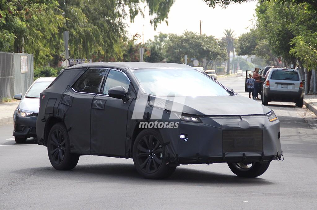 Lexus RX L 2018: la futura variante de 7 plazas se deja ver en público