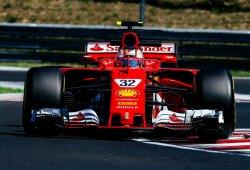 Leclerc lidera en tiempos, los pilotos de Mercedes en vueltas