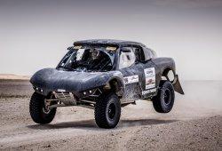 Mini trabaja en un buggy de cara al Dakar 2018
