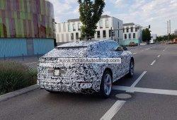 El esperado Lamborghini Urus se deja ver a plena luz del día