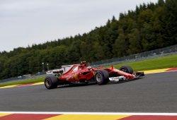 Räikkönen marca la pauta y confirma la candidatura de Ferrari a la 'pole'