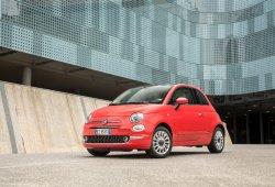 Italia - Julio 2017: El Fiat 500 dobla sus ventas