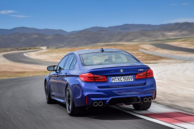 BMW M5 2018 - posterior