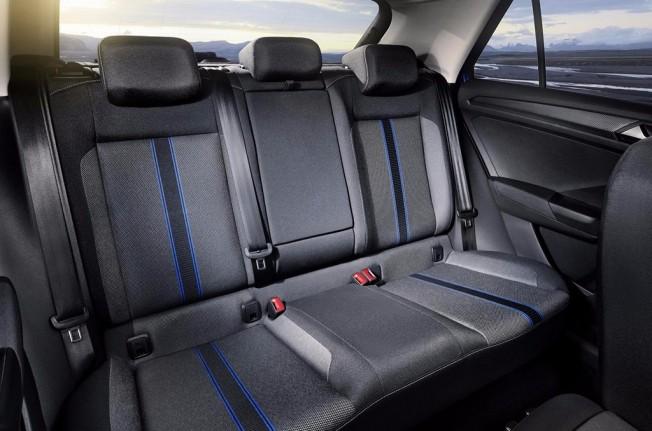 Volkswagen T-Roc 2018 - interior