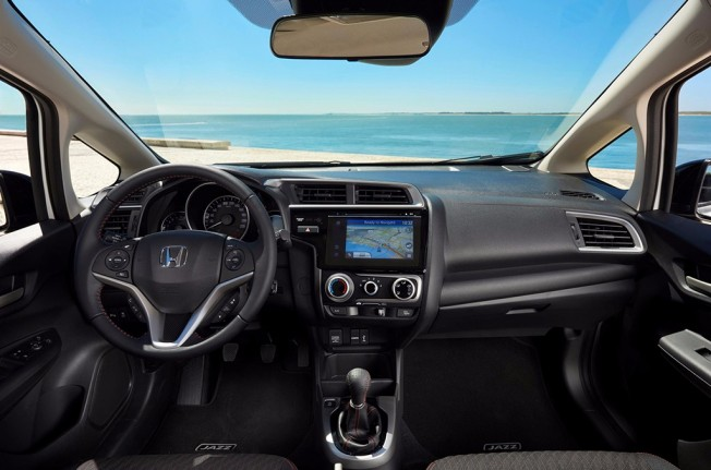 Honda Jazz 2018 - interior