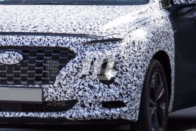 Hyundai Santa Fe 2018 - foto espía frontal