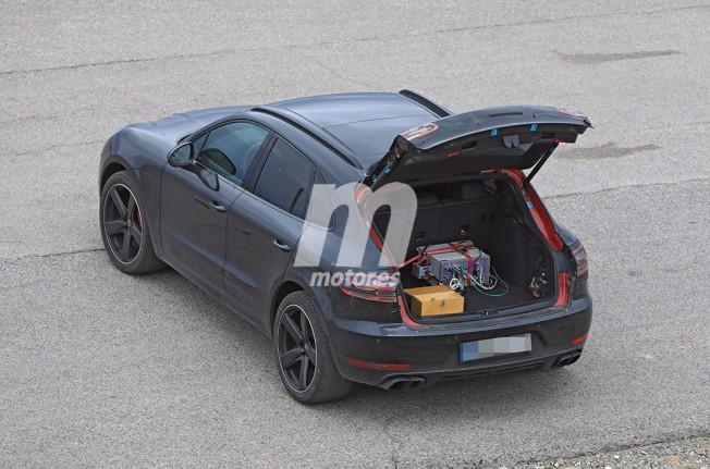 Porsche Macan 2018 - foto espía posterior