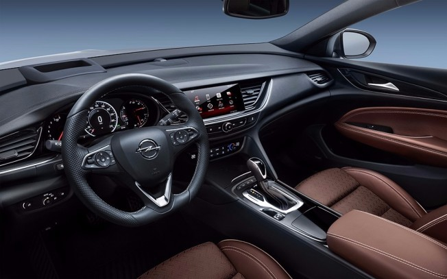 Opel Insignia Country Tourer 2018 - interior