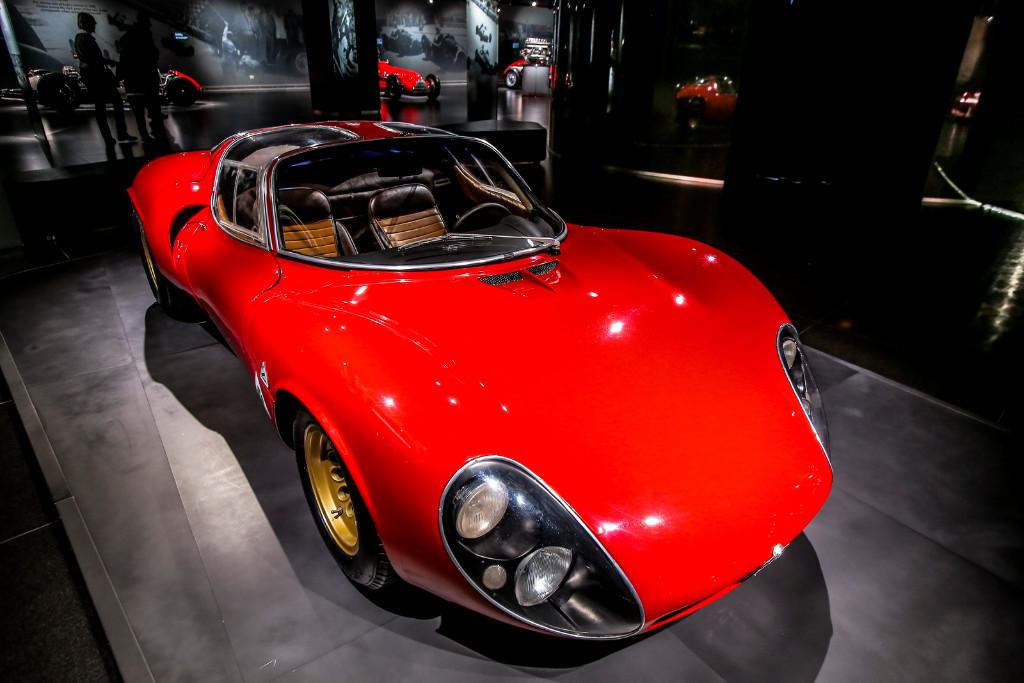 Alfa Romeo 33 Stradale: el primer superdeportivo de Arese cumple 50 años