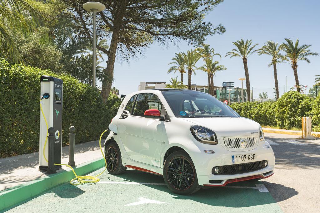 coches-electricos-ibiza-201739850_1.jpg