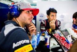 Sainz, sin rodar en la primera sesión y con problemas de motor en la segunda