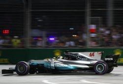 """Mercedes pasa de limitar daños a ganar """"con suerte"""""""