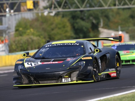 35 coches GT3 cierran la Sprint Cup en Nürburgring
