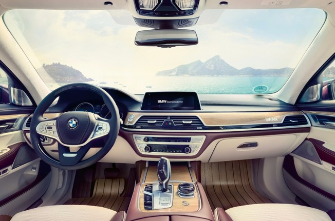 BMW M760Li xDrive V12 Excellence - interior