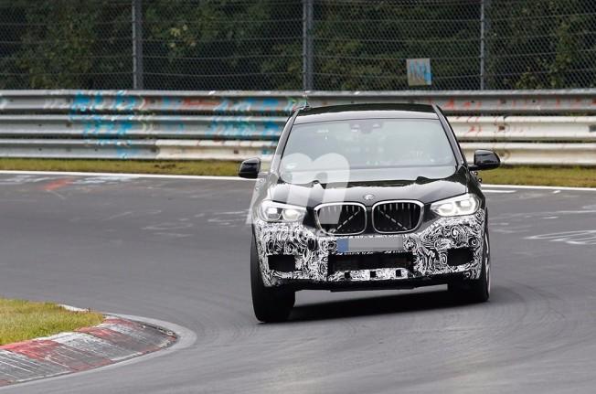 BMW X3 M 2018 - foto espía frontal