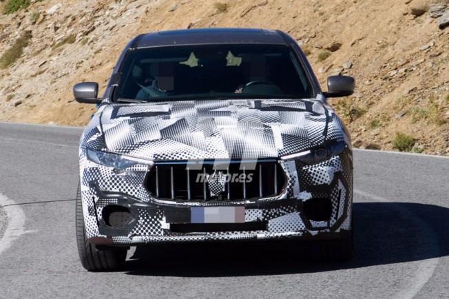 Maserati Levante GTS - foto espía frontal