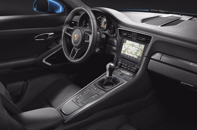 Porsche 911 GT3 Touring Package - interior