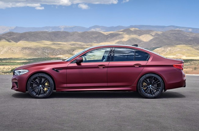 BMW M5 First Edition - lateral