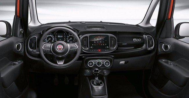 Fiat 500L City Cross - interior