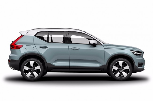 Volvo XC40 - lateral
