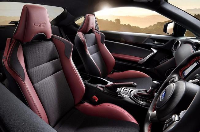 Subaru BRZ STI Sport - interior