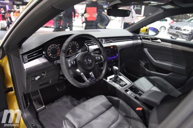 Volkswagen Arteon 2017 - interior