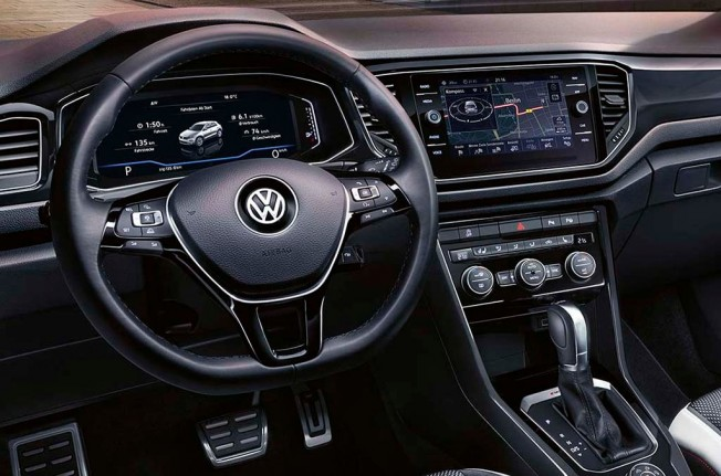 Volkswagen T-Roc Limited Edition - interior