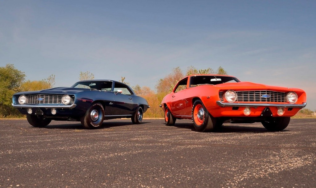 Dos de los rarísimos Chevrolet Camaro ZL1 1969 juntos a subasta