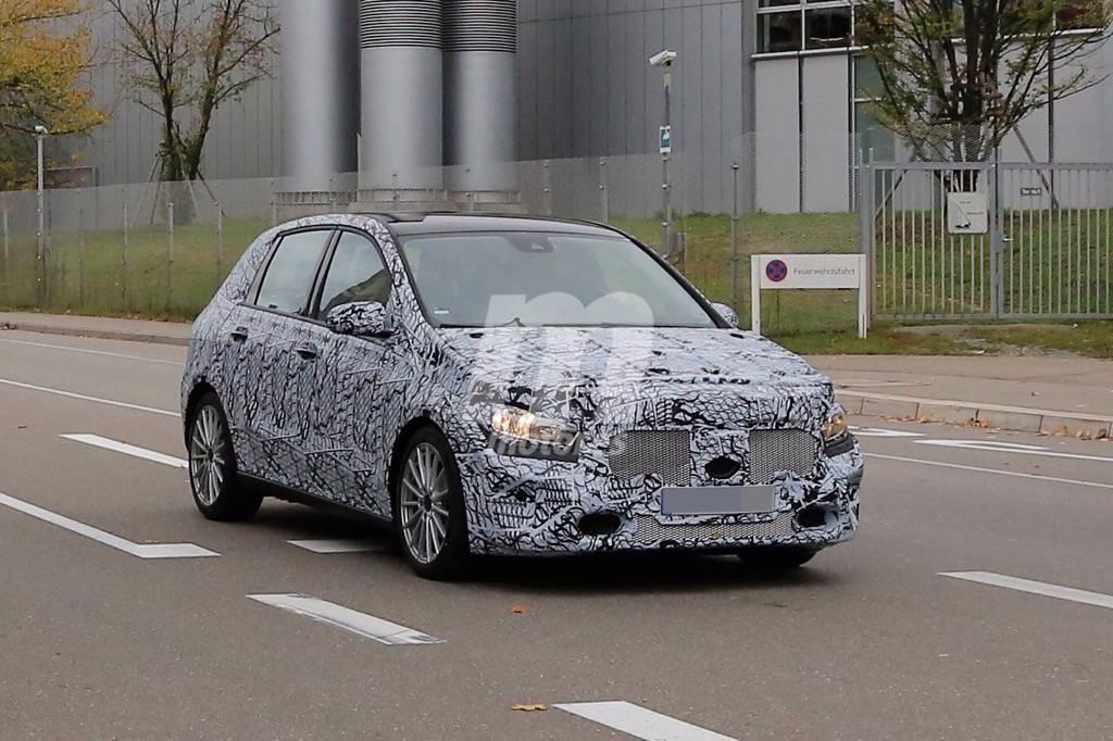 La tercera generación del Mercedes Clase B comienza sus pruebas