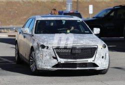 El renovado Cadillac CT6 aparece más destapado en las Rocosas