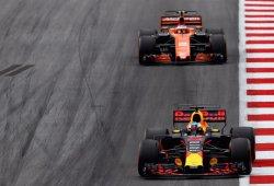 """Boullier agradece poder compararse con Red Bull a igualdad de motor: """"Es perfecto"""""""
