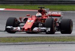 Vettel salva un fin de semana negro para Ferrari