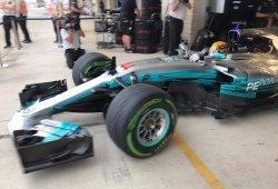 Hamilton deja a Vettel a más de medio segundo