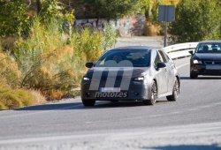 Nuevas imágenes espías del futuro Toyota Auris revelan más detalles