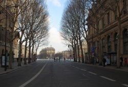 """París se plantea decir """"au revoire"""" a los motores térmicos en 2030"""