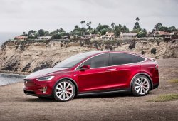 Llamadas a revisión 11.000 unidades del Tesla Model X por un grave problema