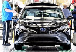 Un alto cargo de Toyota ve improbable seguir apostando por el diésel en Europa